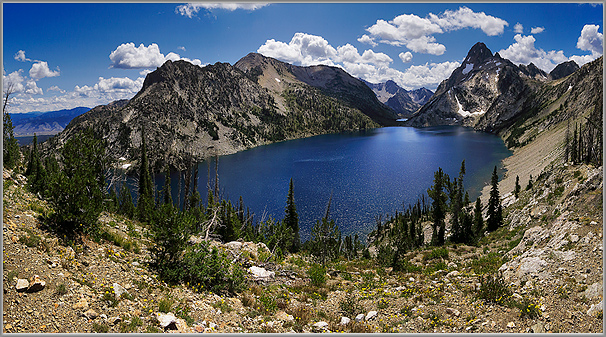 A Panorama View of Sawtooth Lake